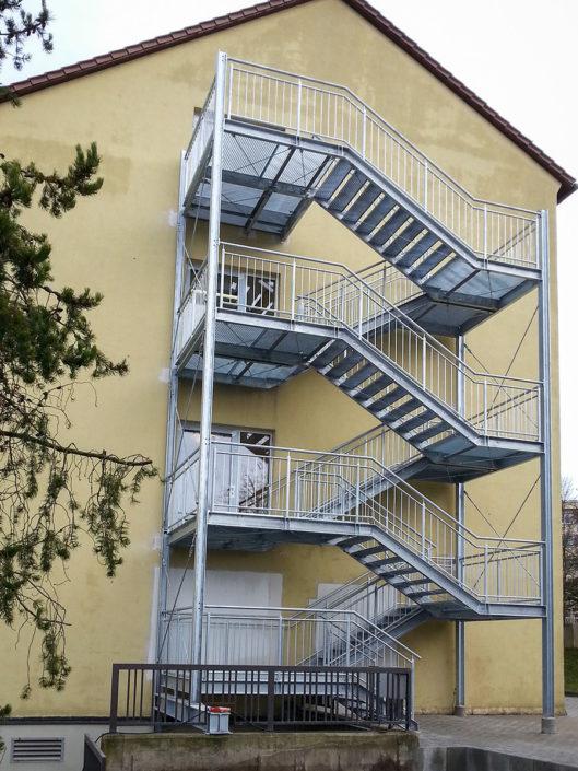 Außentreppe; Fluchttreppe