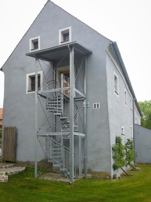 Außentreppe; Spindeltreppe